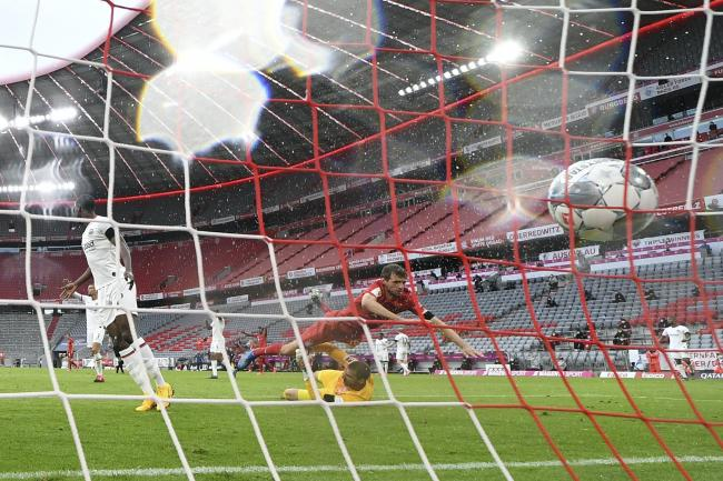 Bayern Munich were too strong for Eintracht Frankfurt in an entertaining game at the Allianz Arena