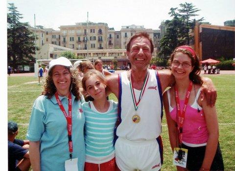 Michael Blyszko with wife Jackie and daughters Holly and Amy in Naples in 2006 where he won gold in the European Heart and Lung Transplant Games.