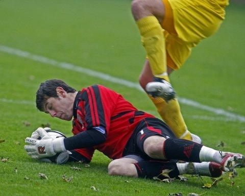 Ilkley Gazette: Steve Drench has been praised for his goalkeeping