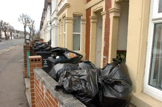 Thousands in Guiseley and Rawdon left with bins full of rubbish