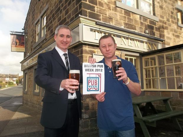 Greg Mulholland MP with Carl Sutcliffe, the landlord at the New Inn at Yeadon