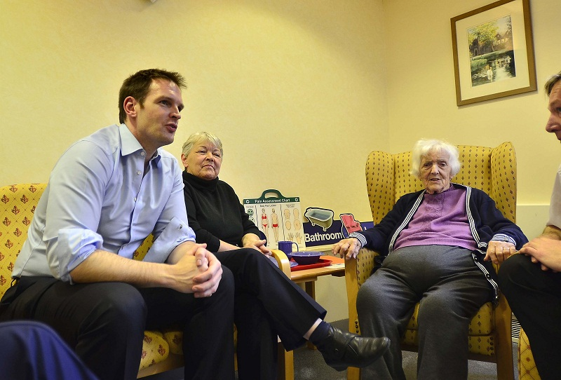 Minister Dan Poulter meets patient Hannah Moody during his visit to Airedale Hospital