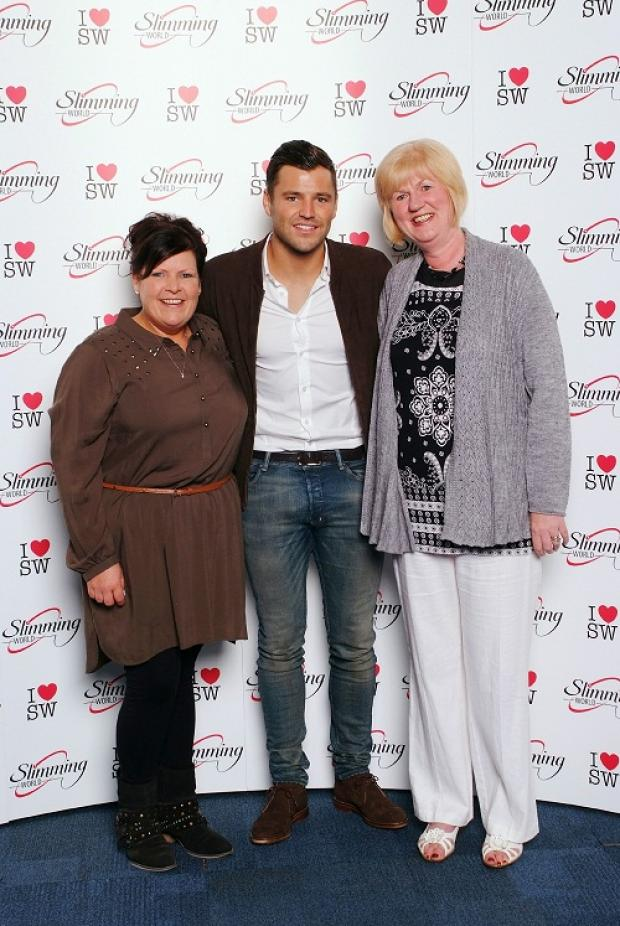 Rachael Allott and Dorrie Clarke with Mark Wright at the annual Slimming World awards