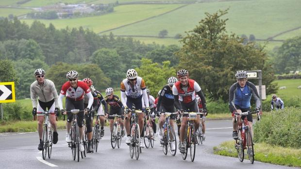 The lead group at Norwood Edge in last year's White Rose Classic