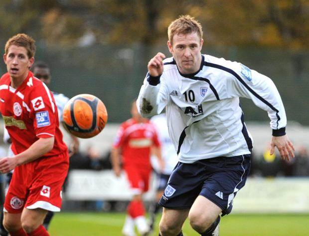 James Walshaw scored two first-half goals in Guiseley's much-needed 3-2 victory at Corby Town