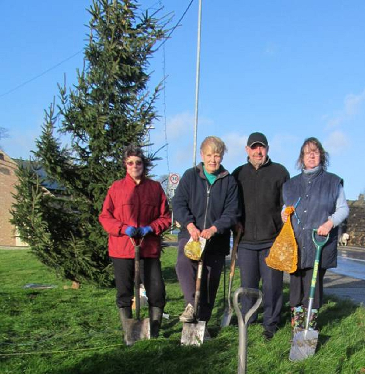In Bloom volunteers getting stuck in, from left, are Helen Ankin, Alan Moore, Denise Wat