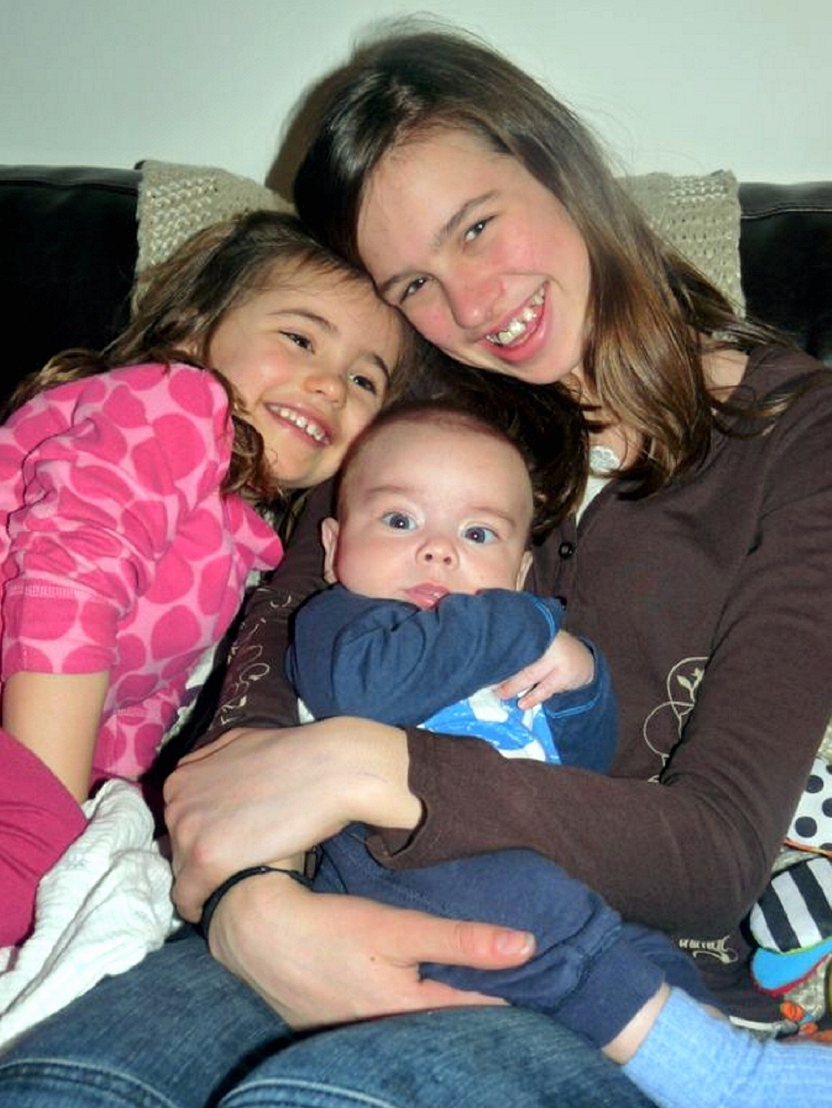 Wes Knight with his  sisters Amelie (left) and Isobel