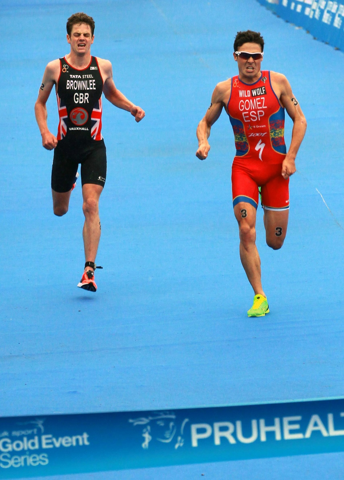 Jonny Brownlee, left, said that Javier Gomez, right, was strong on the bike, strong on the swim and strong on the run