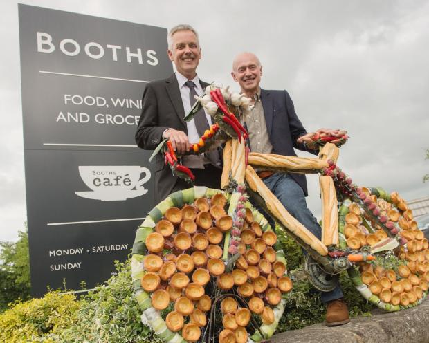 Ilkley store manager Atholl Roberton and chairman Edwin Booth