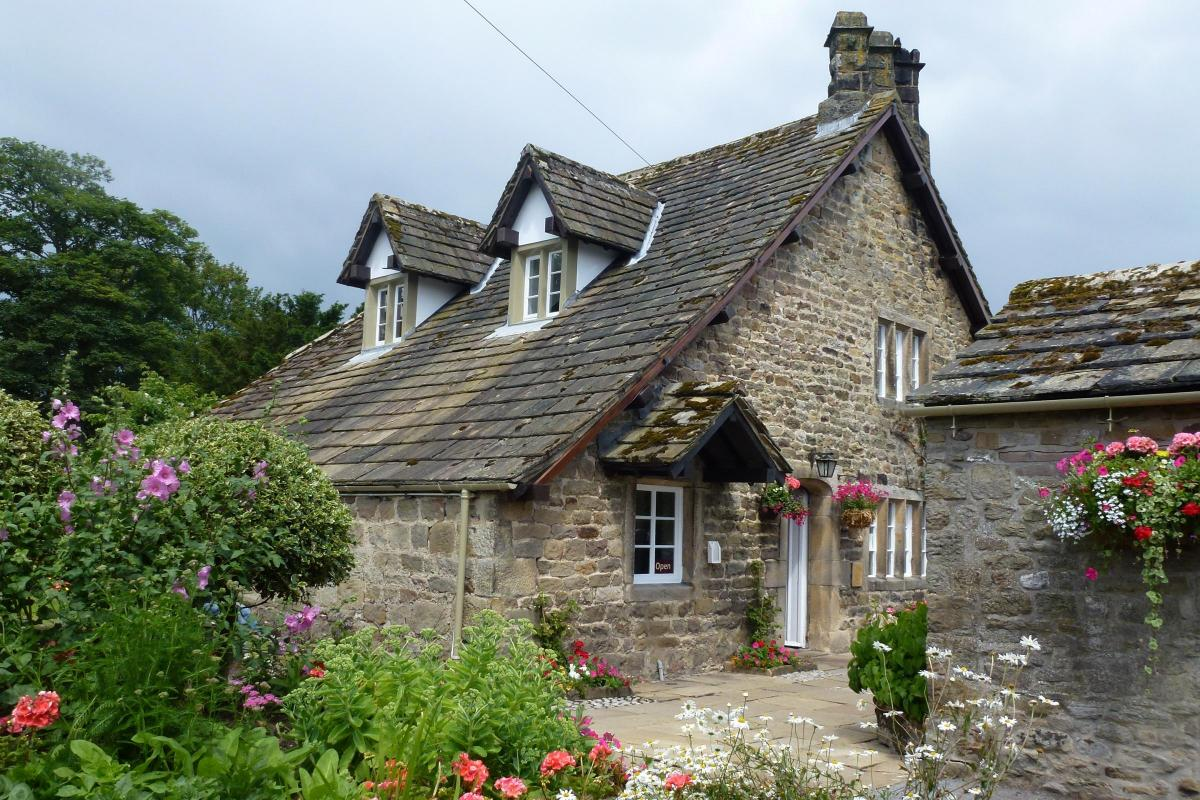 cafe review the tea cottage bolton abbey from ilkley gazette