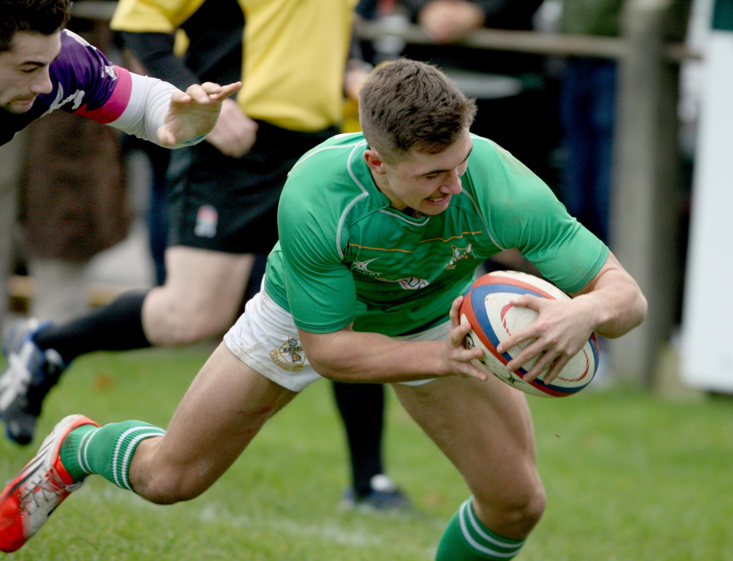 Former Wharfedale player Taylor Prell reverts to the wing for Yorkshire Carnegie tomorrow