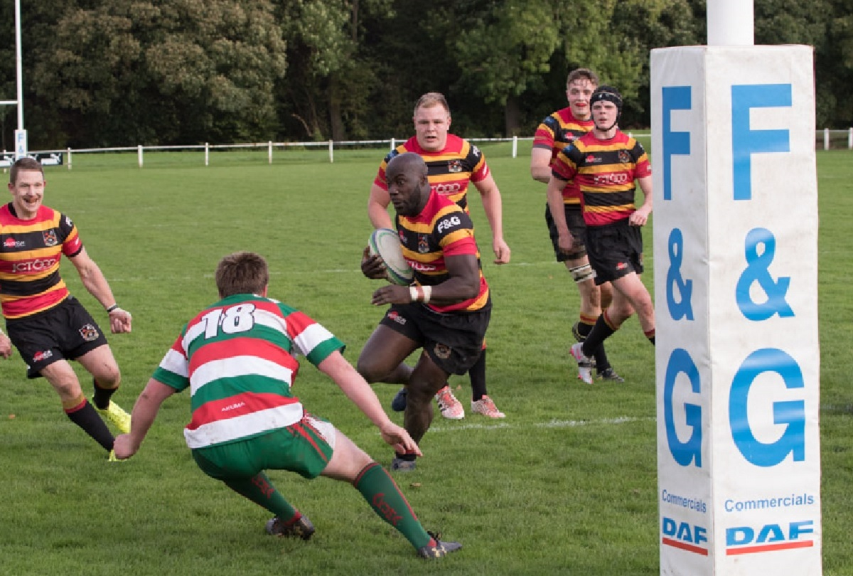 Bradford & Bingley v West Hartlepool  Bees centre Dennis Tuffour scoring the match-clinching try in the 76th minute.